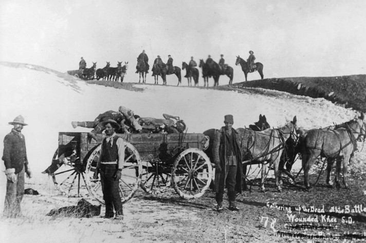 Battle of wounded knee - bodies